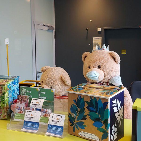 L'accueil de l'Hôpital Necker-Enfants malades AP-HP, où l'association Quelle Histoire ! propose des séances de contes pour enfants malades