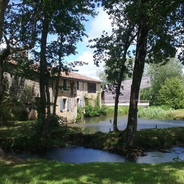 Le Moulin Du Marais, à Lezay, Dans Les Deux-Sèvres